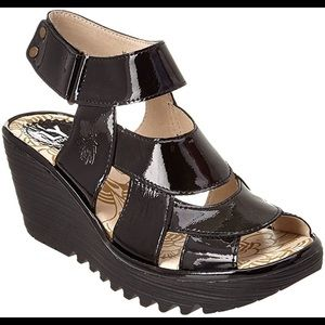 NWOT Fly London Patent Chunky Platform Wedges